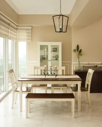 Dining Area. Photograph courtesy of Johann Guasch